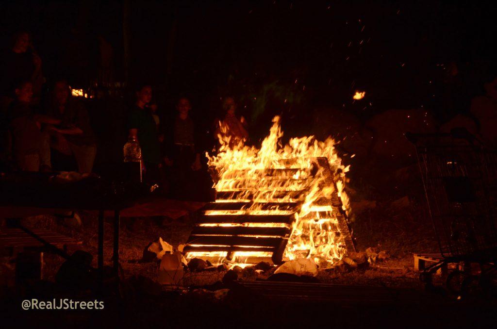 bonfire on lag b'Omer