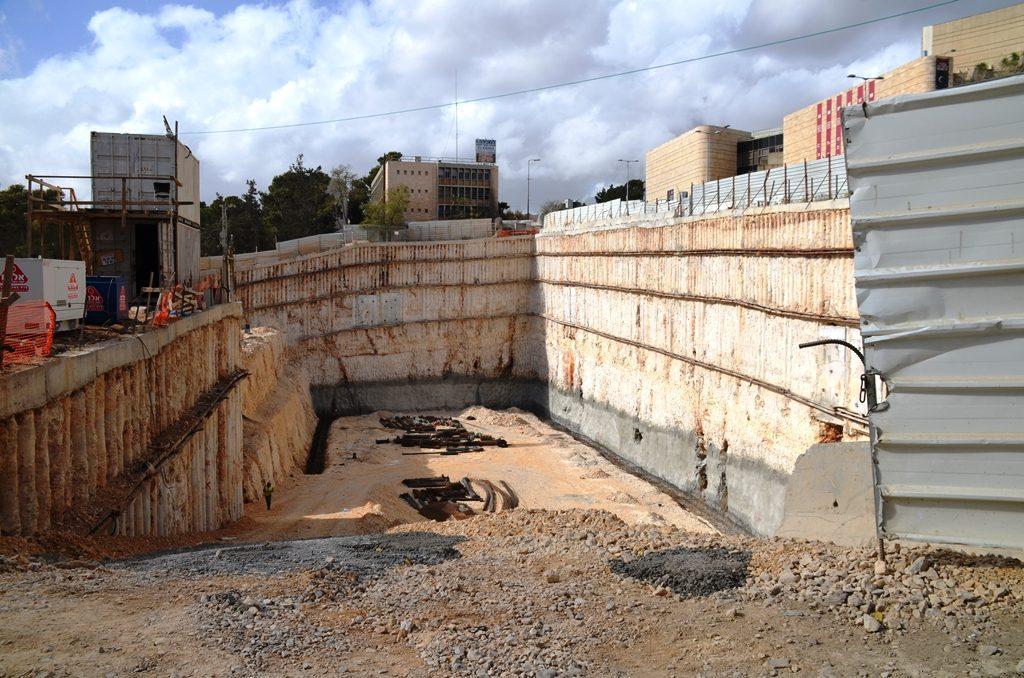 Construction near Jerusalem Theater