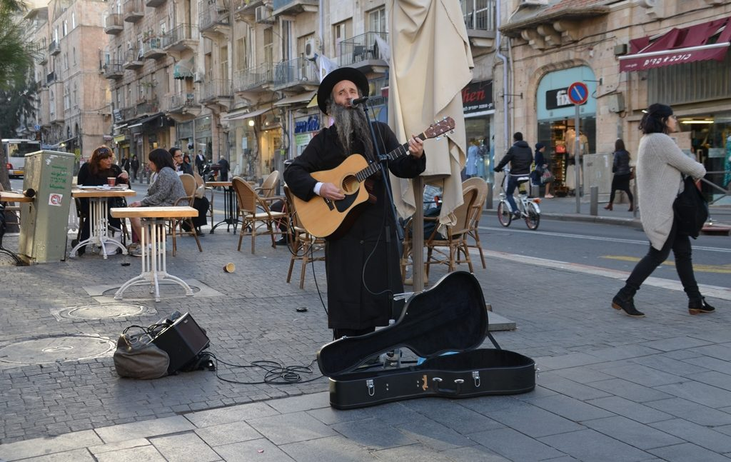 Street music religious man
