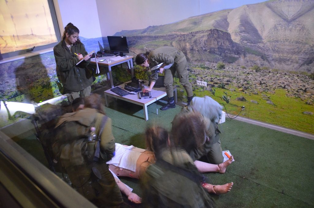 Medics training at new base in NEgev