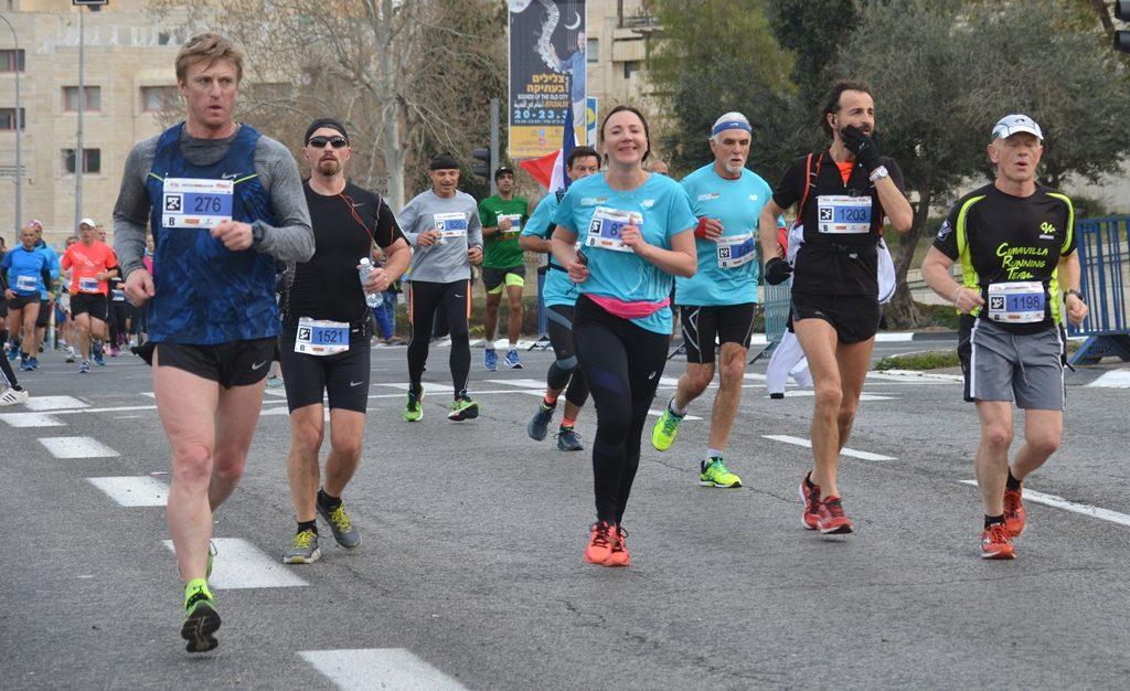 Jerusalem marathon runners 2017