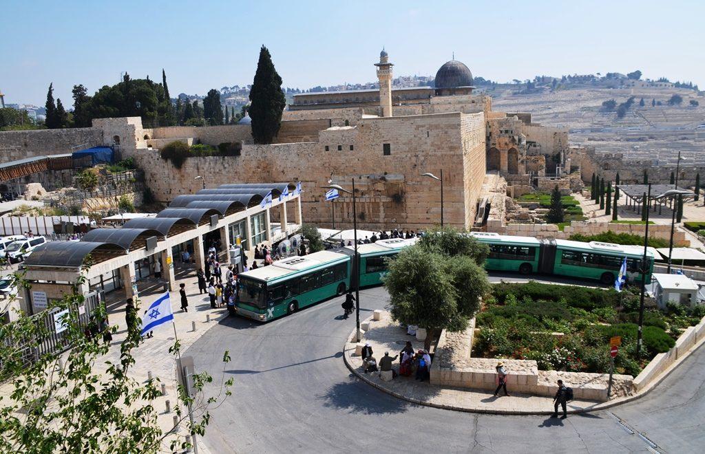 Buses to Kotel on chol hamoed