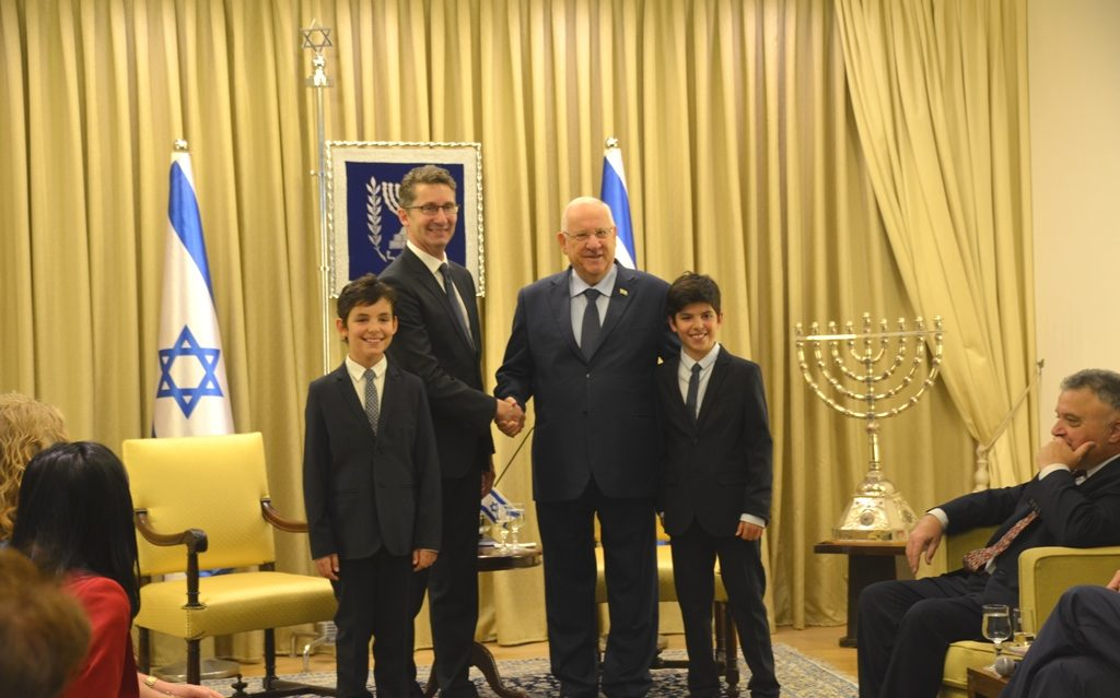 Reuven Rivlin and Christopher Cannan at Beit Hanasi with twin sons