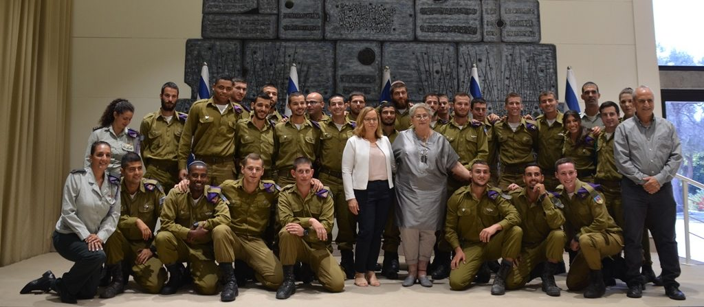 Fist Lady Nechama Rivlin with lone solders at Beit Hanasi