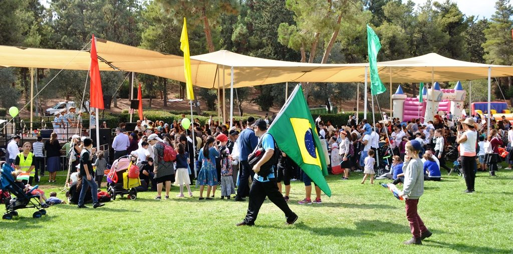 Entertainment for children in Sacher Park on Sukkot