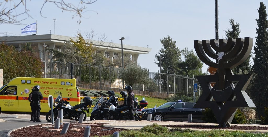 Security outside Knesset for Pence, end of motorcade