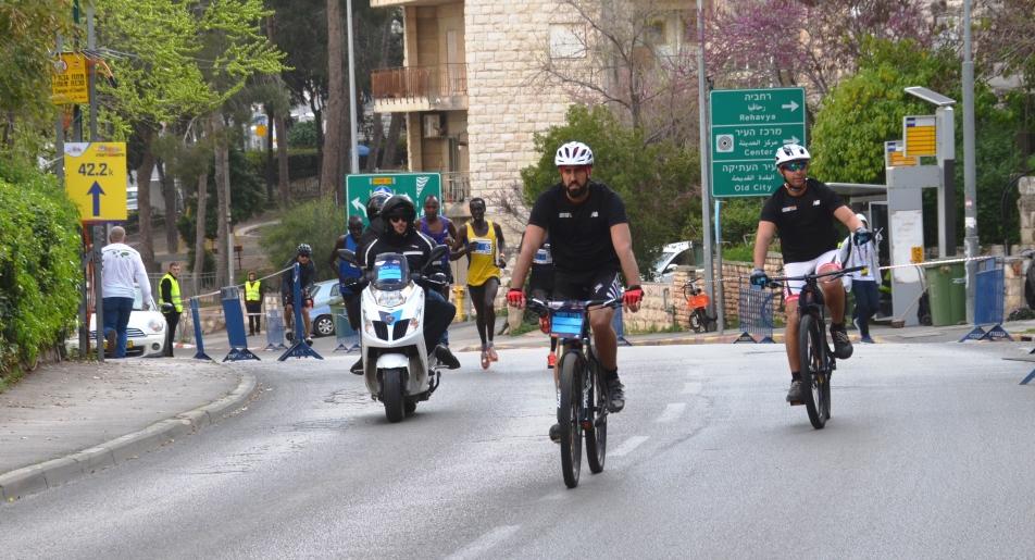 Jerusalem Marathon lead runners