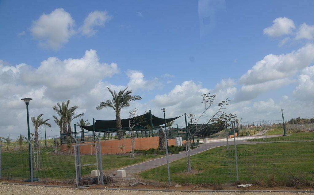 Gush Katif Kfar Darom playground built though no homes yet