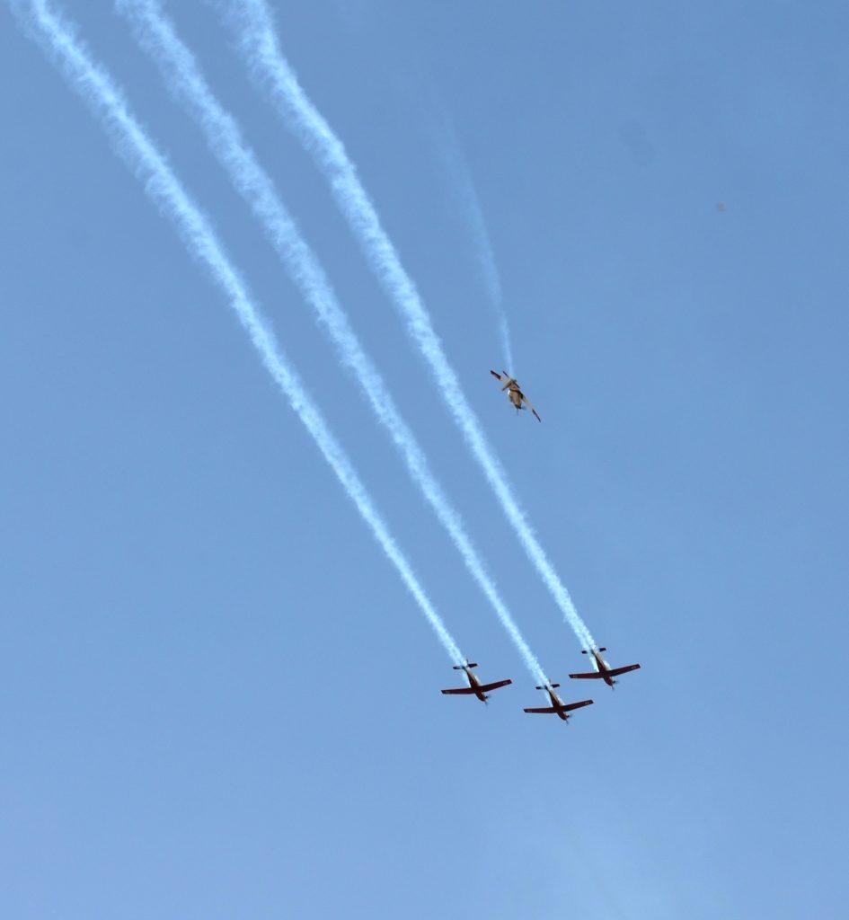 Planes flyover Jerusalem, Israel practice for Yom Haatzmaut.