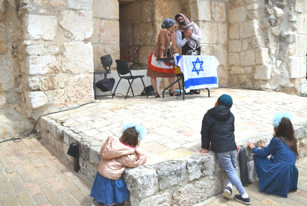 Actors on Jerusalem Day at Tower of David