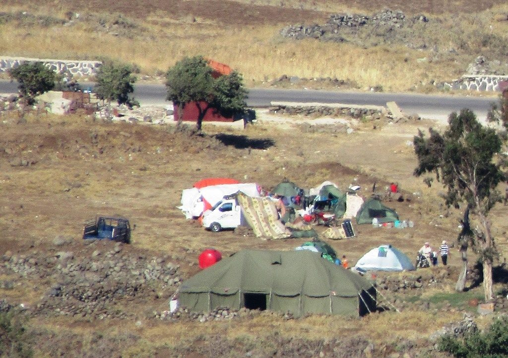 From Golan Heights tent in Syria for refugees