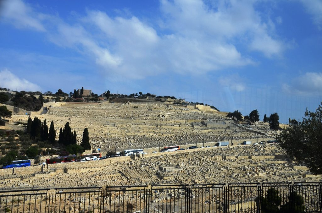 Har Hazaytim tour buses in Jerusalem Israel
