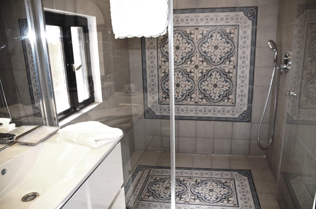 Bathroom in Villa Mamilla
