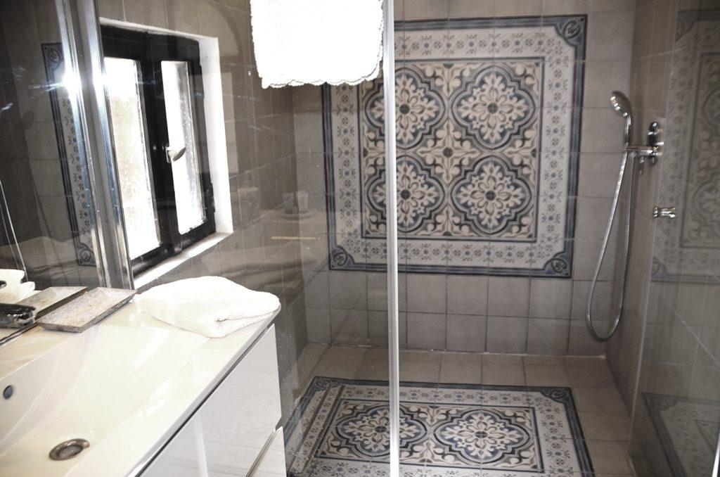 Bathroom in Villa Mamilla
