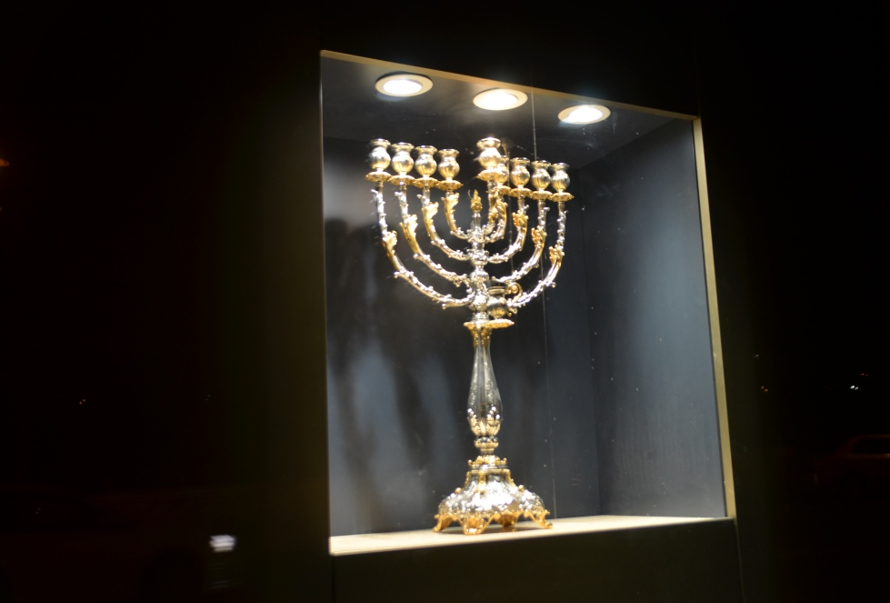Window display at Jerusalem Waldorf Astoria menorah