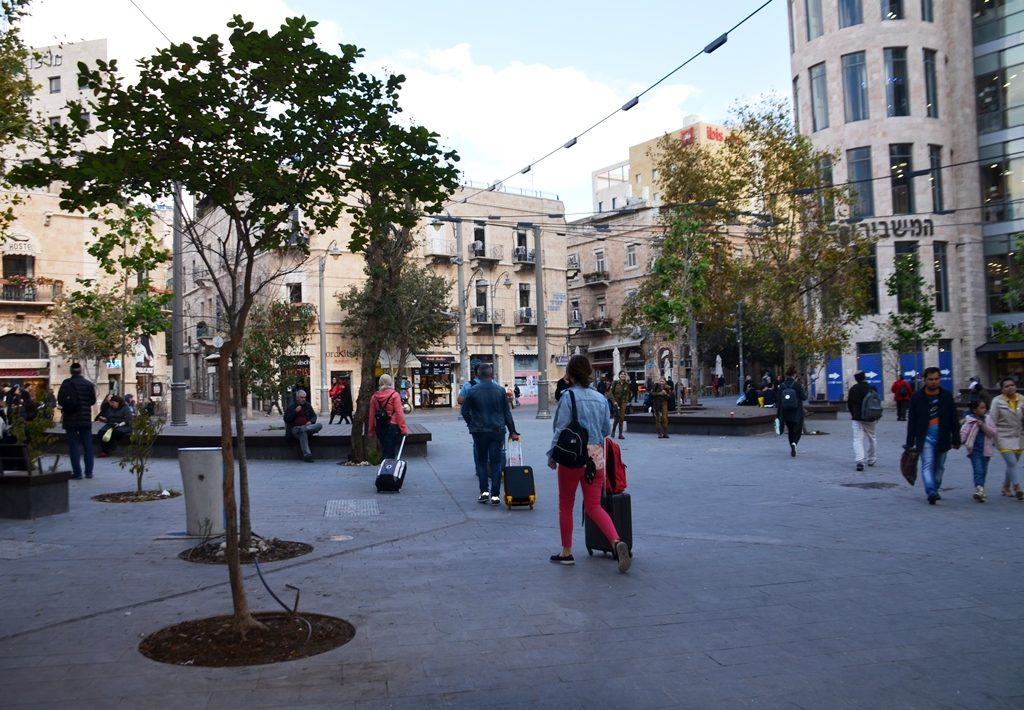Jerusalem Kikar Zion in morning after renovation