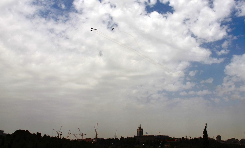 Airplanes practice for Israel Independent Day in Jerusalem