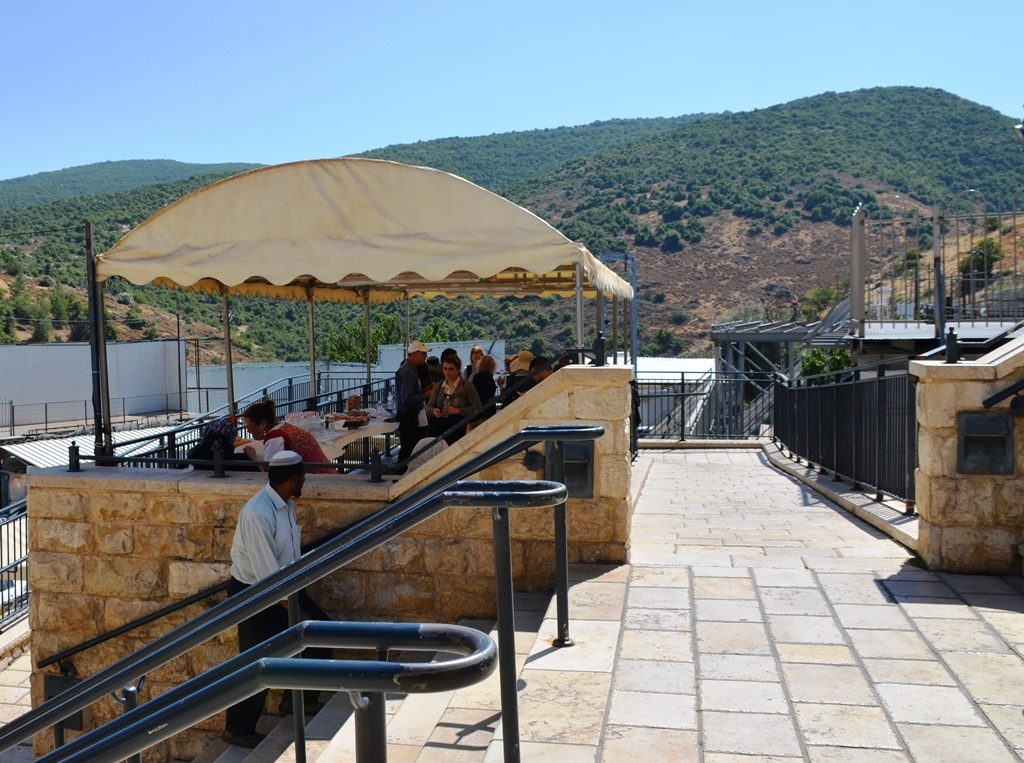 People having lunch in Meron in summer