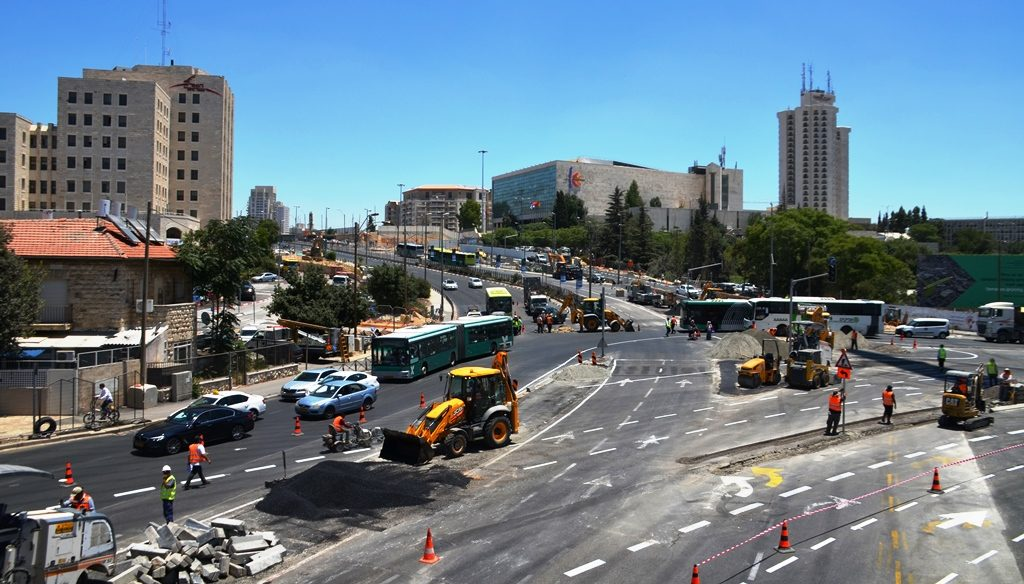 Sderot Shazar Jerusalem Israel closed until 2022 for new road