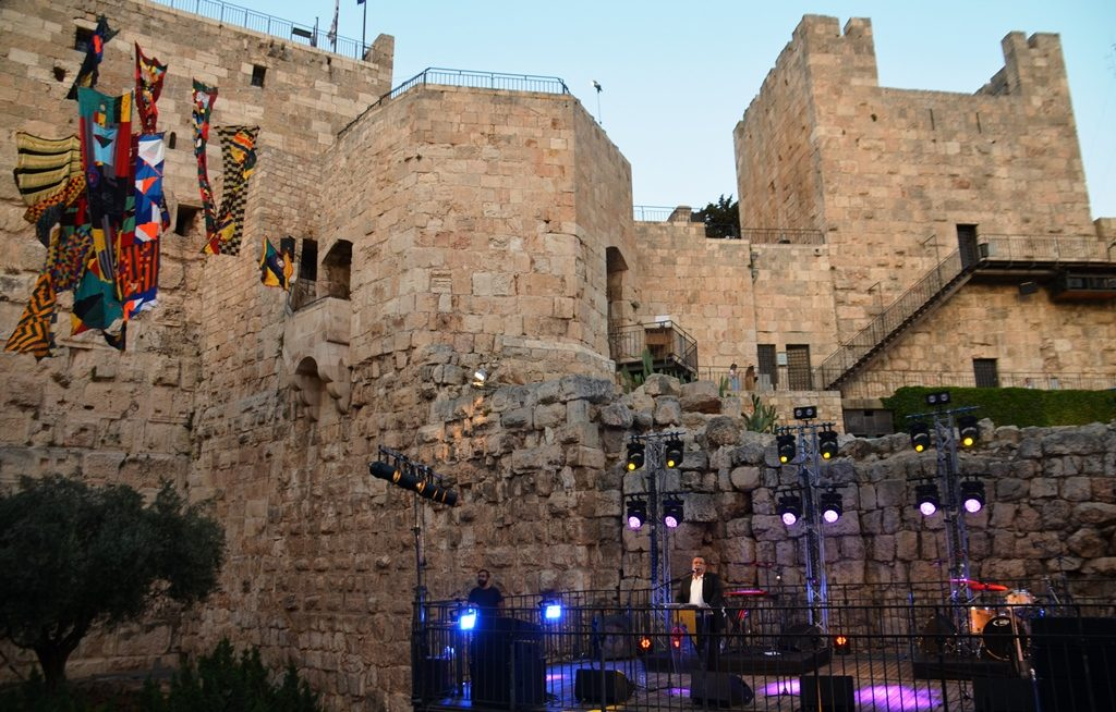Opening event of Overall at Tower of David Mayor Moshe Lion speaking