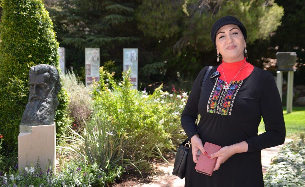 Beit Hanasi garden Herzl with Sara Zoabi