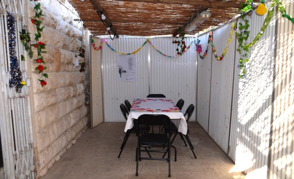 Jerusalem home sukkah