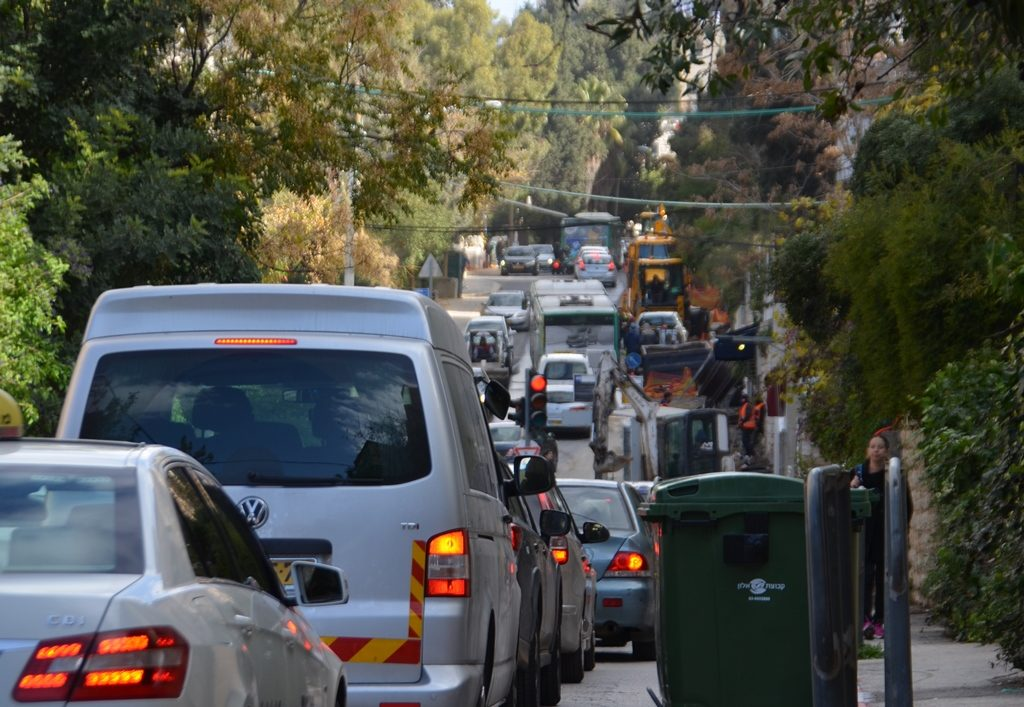 construction on Jerusalem Gaza Street backed up in morning