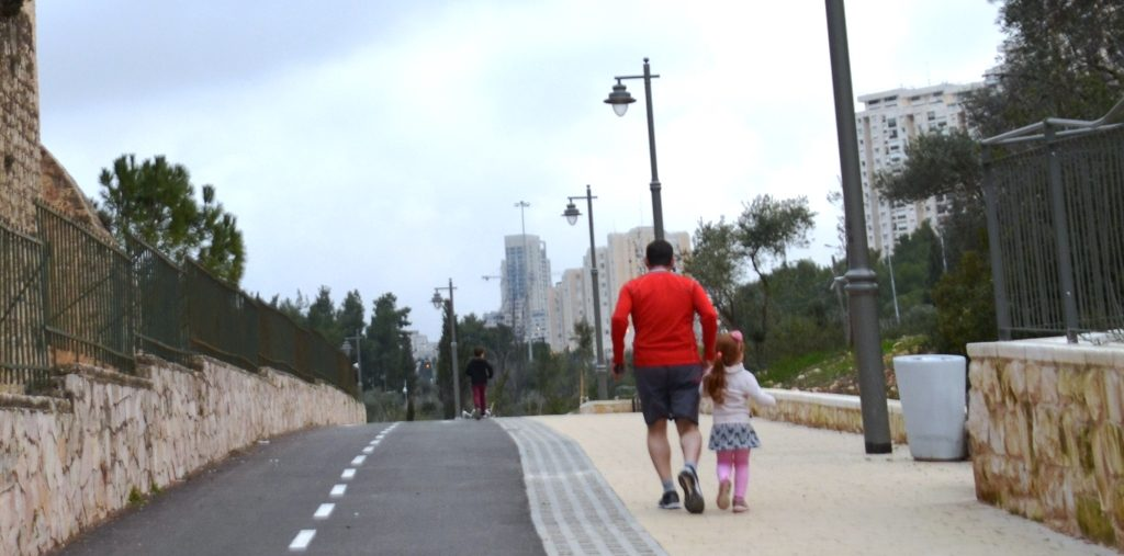 Jerusalem Marathon training man and young children