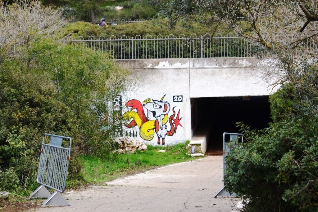 Jerusalem graffiti before Marathon