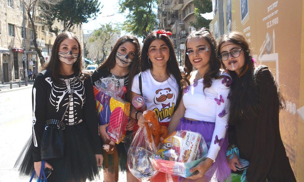Jerusalem Purim costumes