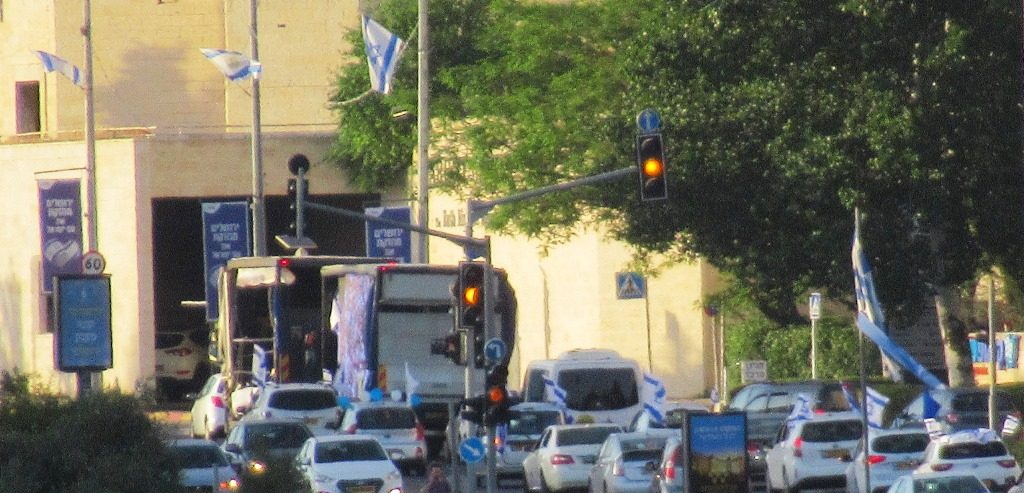 Music going around to neighborhoods on Jerusalem Day