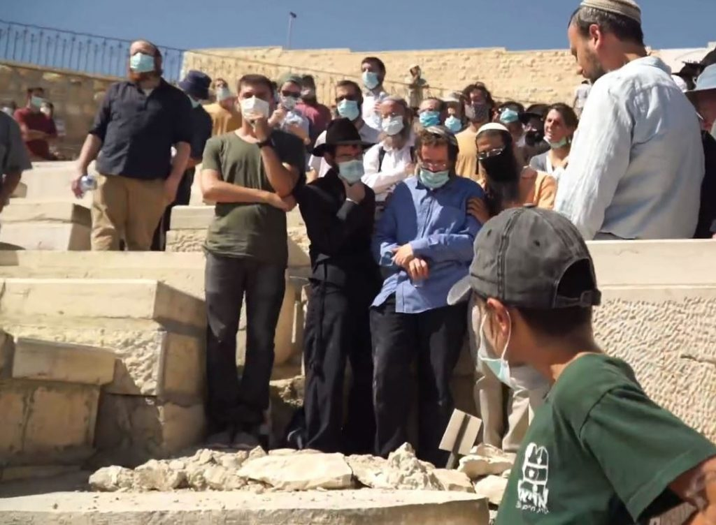 Mount of Olives funeral of Rav Adin Steisaltz on Friday August 7, 2020